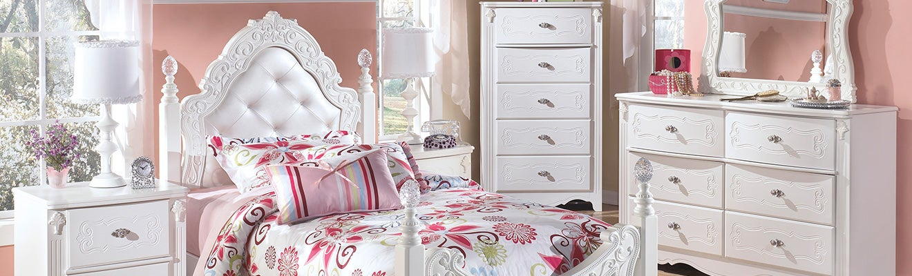 Exquisite Bedroom Collection