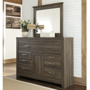 Juararo 2 Piece Dresser and Mirror