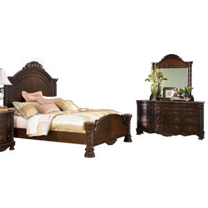 North Shore Queen Panel Bedroom Set