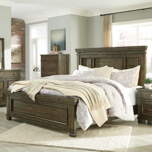Ashley Darloni Weathered Gray/Brown Queen Bedroom Set