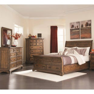 Elk Grove Queen Storage 3 Piece Bedroom Set