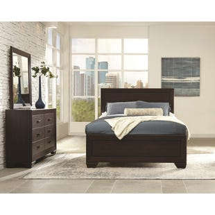 Fenbrook Dark Brown Queen 3 Piece Bedroom Set