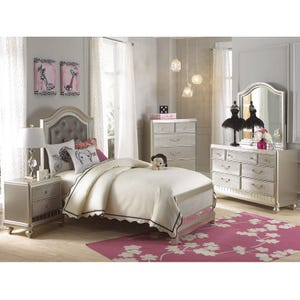 Lil Diva Twin Bed
