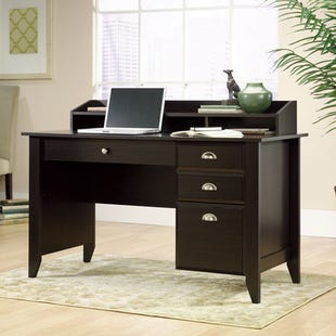 Shoal Creek Desk With Hutch