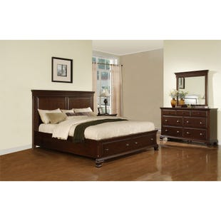 Canton Cherry Queen 3 Piece Bedroom Set