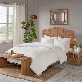 Lacey Percale Ivory Tassel Trim 3 Piece King Comforter Set