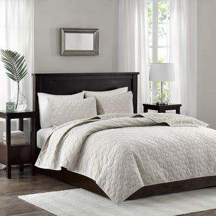 Velvet Ivory 3 Piece Reversible Queen Coverlet Set
